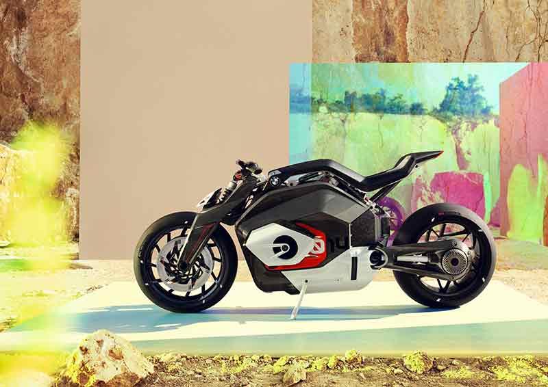 bmw-электромотоцикл-3