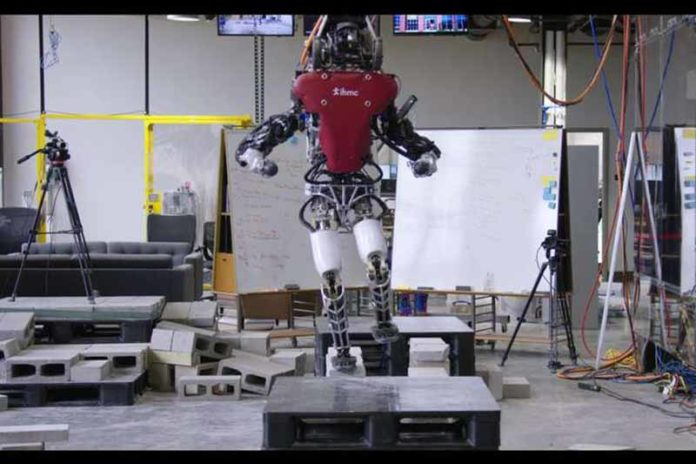 робот-Atlas-Boston-Dynamic