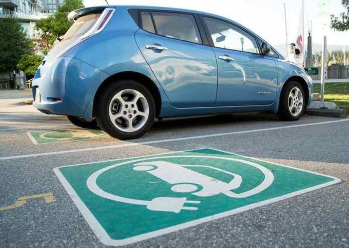 вру-парковки-для-электромобилей