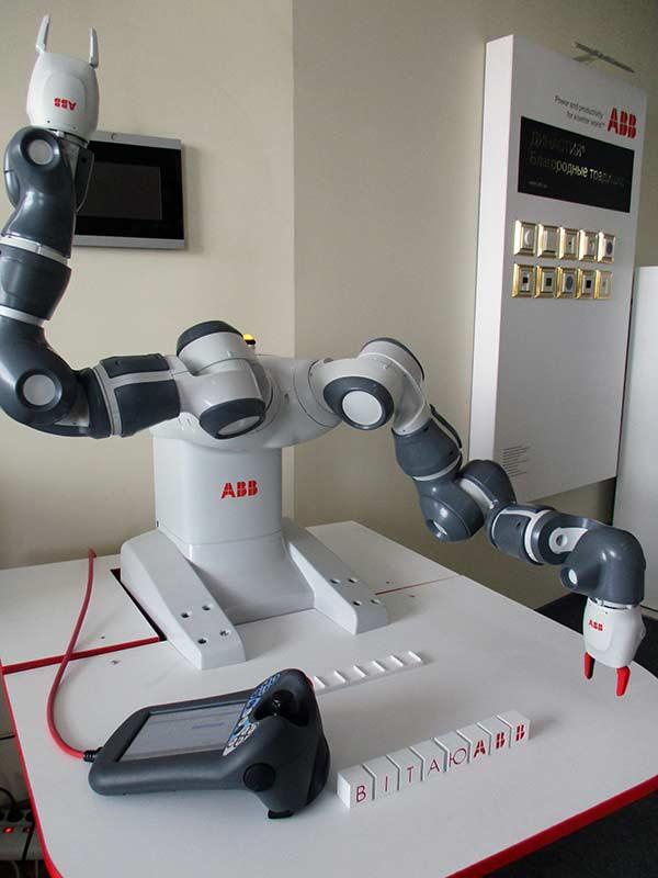 abb-робот-yumi-6