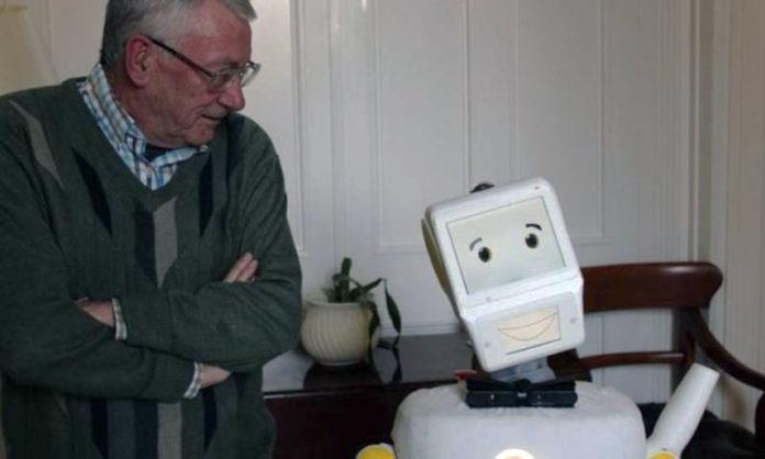 робот-колледжа-Тринити-в-Дублине