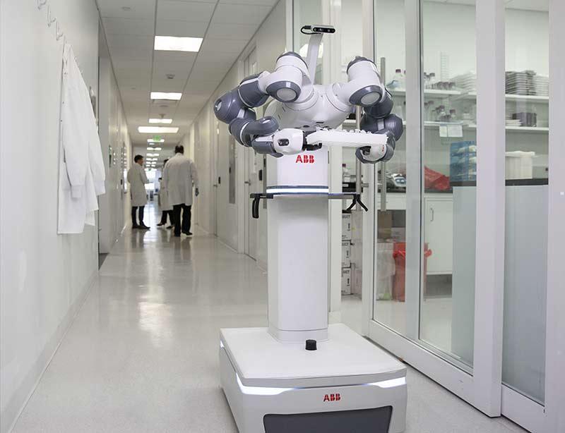 abb-yumi-больница-будущего-1