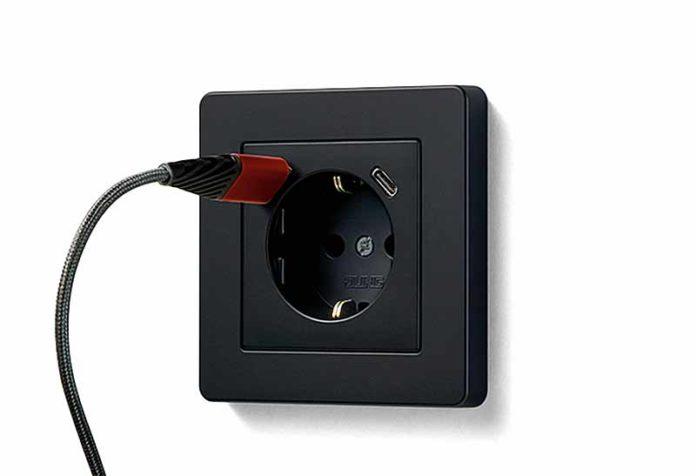 Электроблюз-JUNG-розетки-SCHUKO-с-USB-разъемами