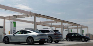 Электроблюз-VW-зарядная-станция-Аризона