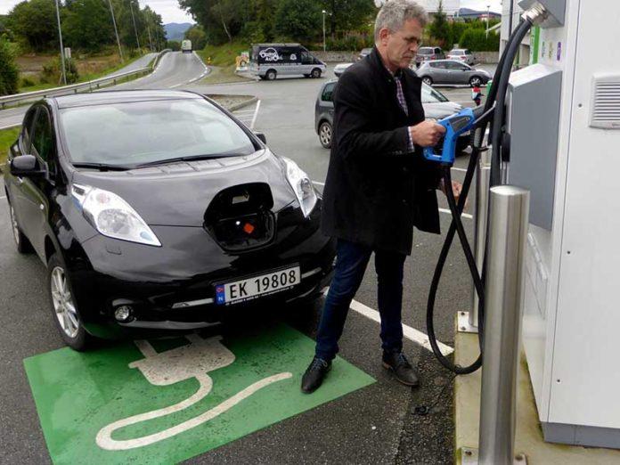 Электроблюз-Норвегия-электромобили